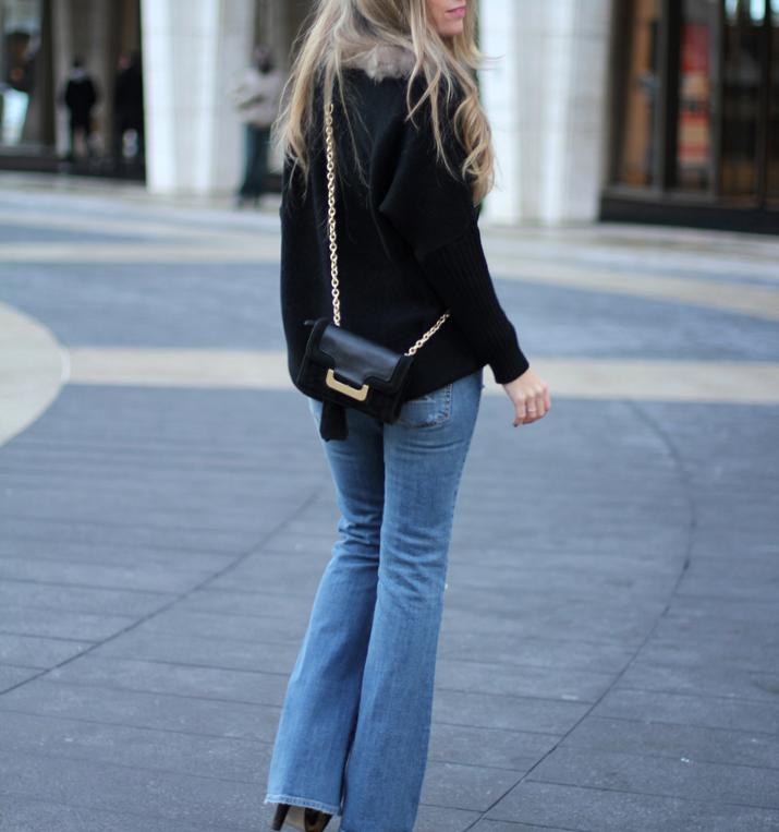 Flared jeans Mes Voyages à Paris blog