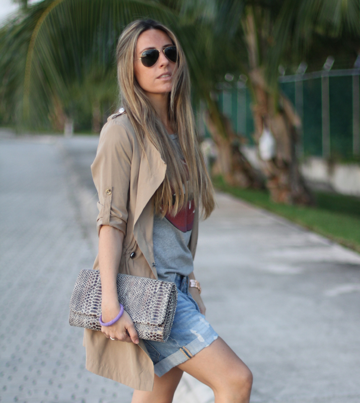 2.Boyfriend denim shorts fashion blogger Mónica Sors 2