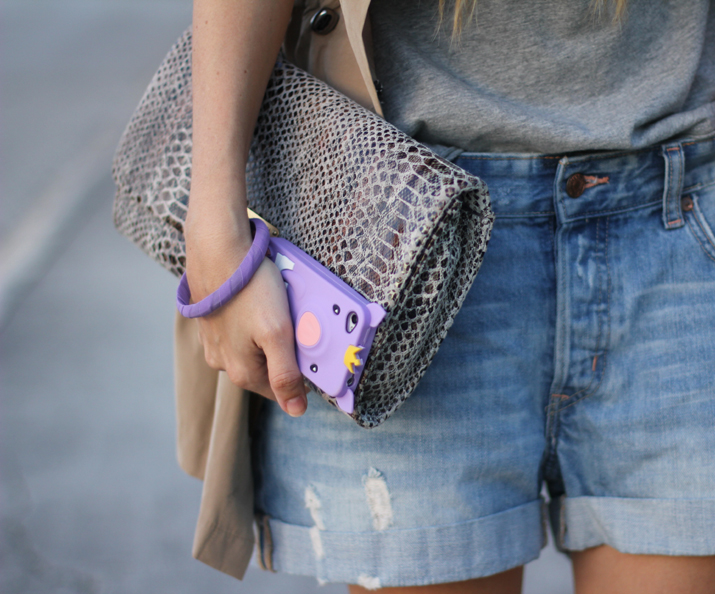 12.Boyfriend denim shorts fashion blogger Mónica Sors (3)