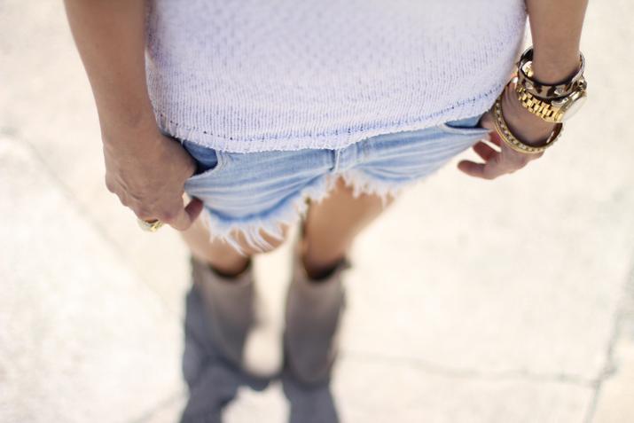 Denim shorts outfit Mes Voyages à Paris (1)
