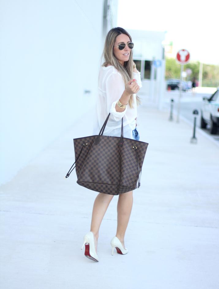 Camisa blanca y shorts Mesvoyagesaparis blog (2)