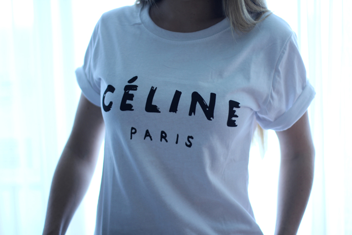 Celine logo tee by Mes Voyages à Paris Fashion blog, blogger, fashionblogger, Mónica Sors, Fashion Salade