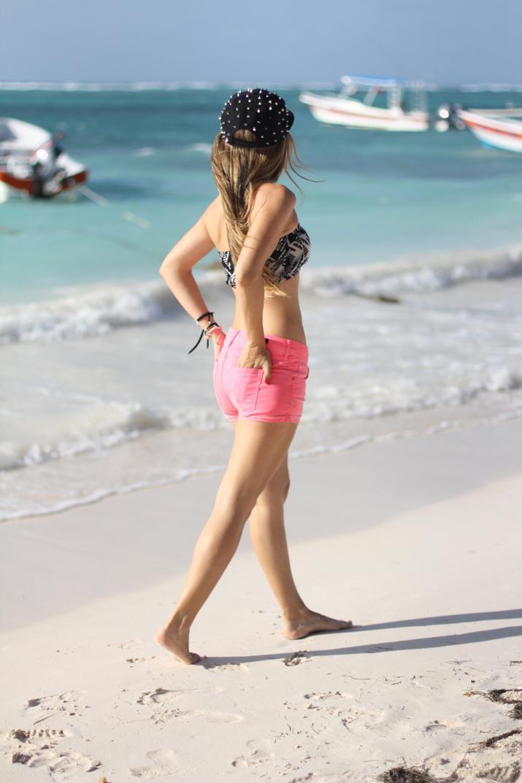 Fashion blogger beach (3)