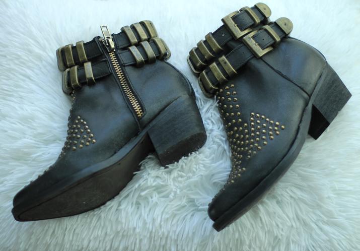 Jeffrey Campbell distressed boots, Mes Voyages à Paris Style Blog