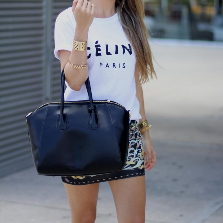 look con camiseta de Celine (2)