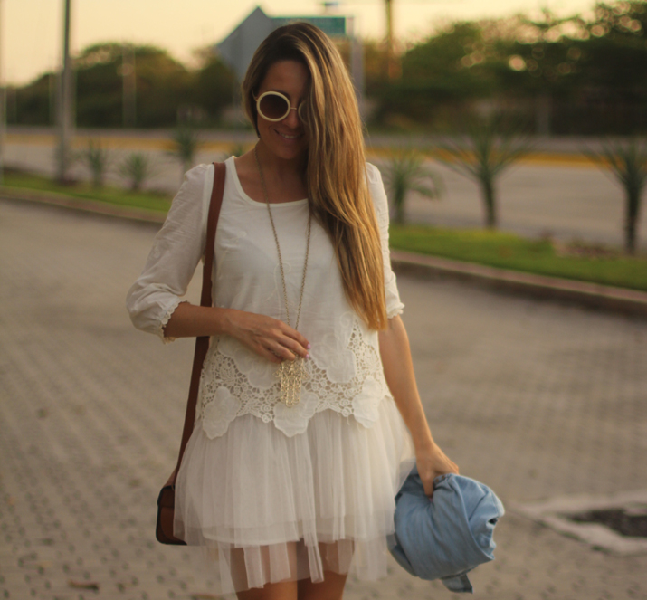 white boho dress Mónica Sors Mes Voyages à Paris Fashion blog, México (13)