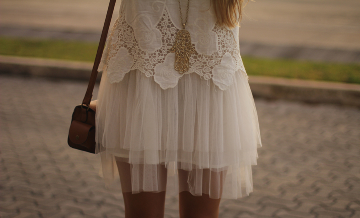 white boho dress Mónica Sors Mes Voyages à Paris Fashion blog, México (18)