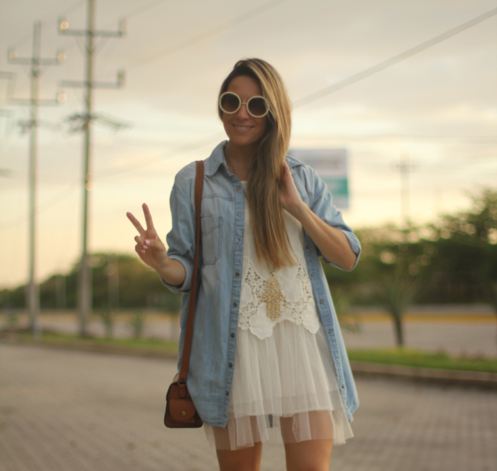 white boho dress Mónica Sors Mes Voyages à Paris Fashion blog, México (2)
