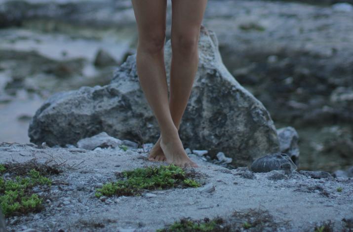 Mónica Sors bikini Caribbean beach