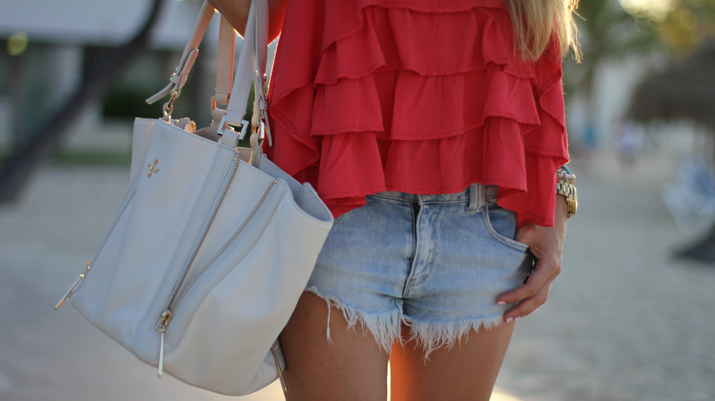 Pour la Victoire bag via Revolve Clothing Mónica Sors Fashiolista Secret Summer Blogger