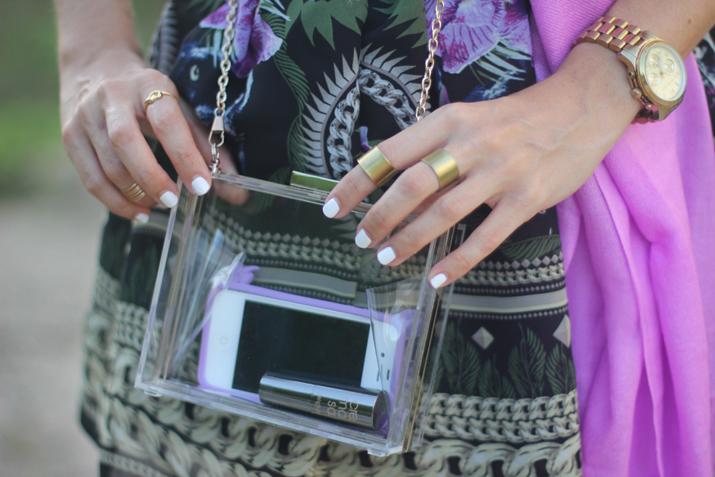 Clutch transparente blog de moda Mes Voyages à Paris