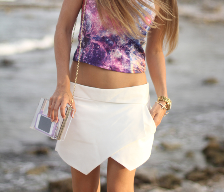 Universe print top fashion blogger Mónica Sors